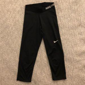 Nike Pro Crops